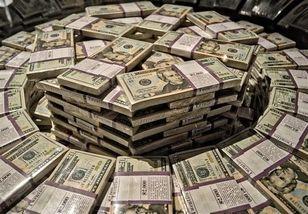 علت گران شدن دلار چیست ؟