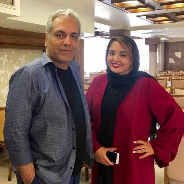 نرگس محمدی در کنار مهران مدیری