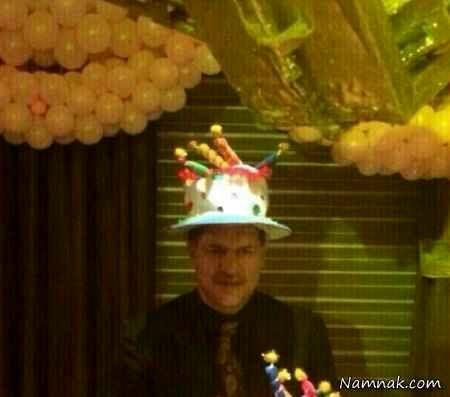 کلاه تولد بر سر علی دایی