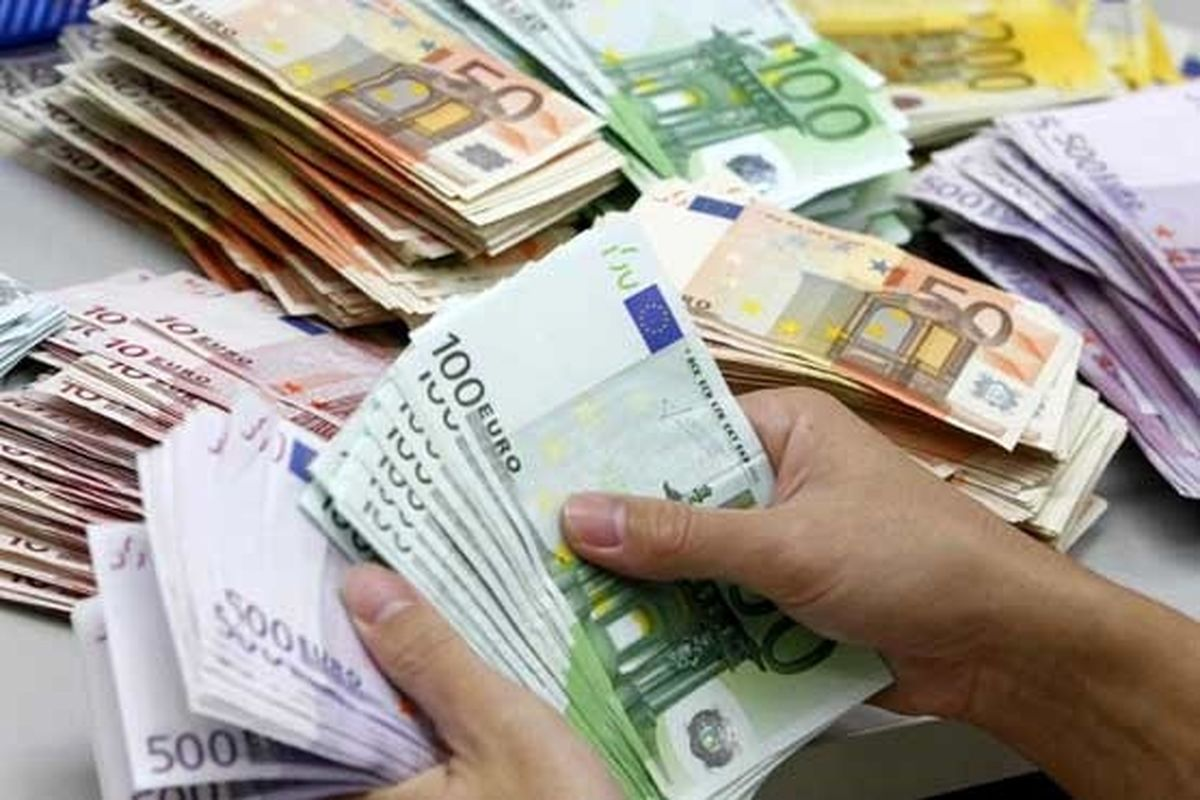 قیمت روز ارز در بانک ها | شنبه 99/1/23