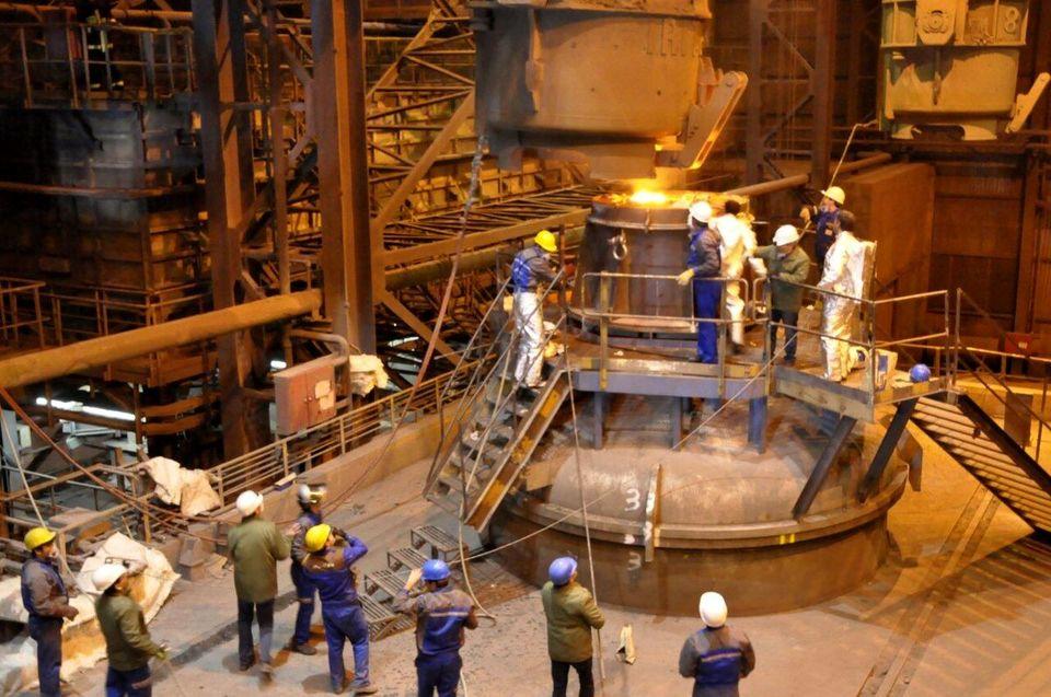 مجتمع صنعتی اسفراین رکورد تولید خود را شکست/ تولید ۵۹ هزار تنی فولاد اسفراین طی ۹ ماهه امسال