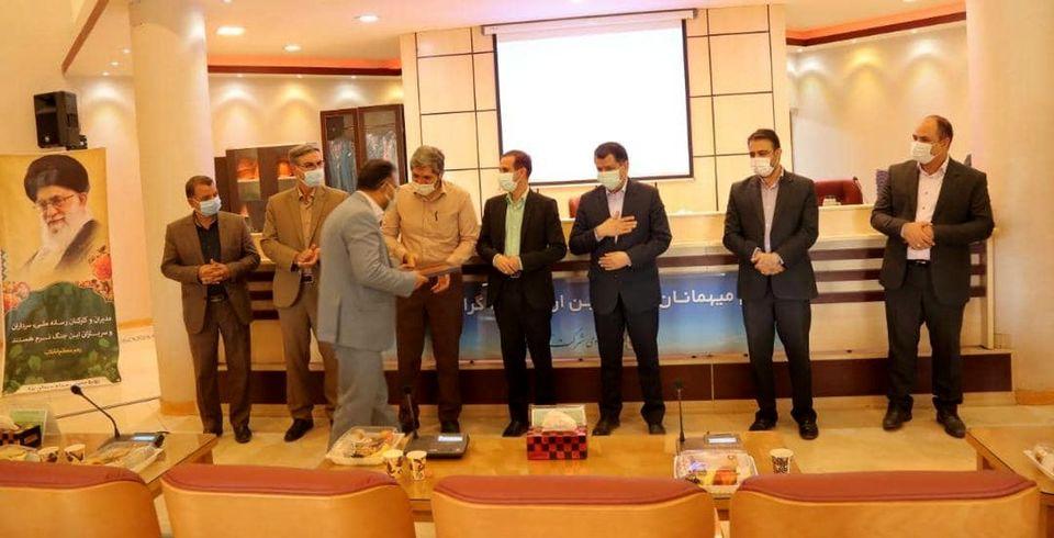 چادرملو در قله افتخارات یزد قرار دارد