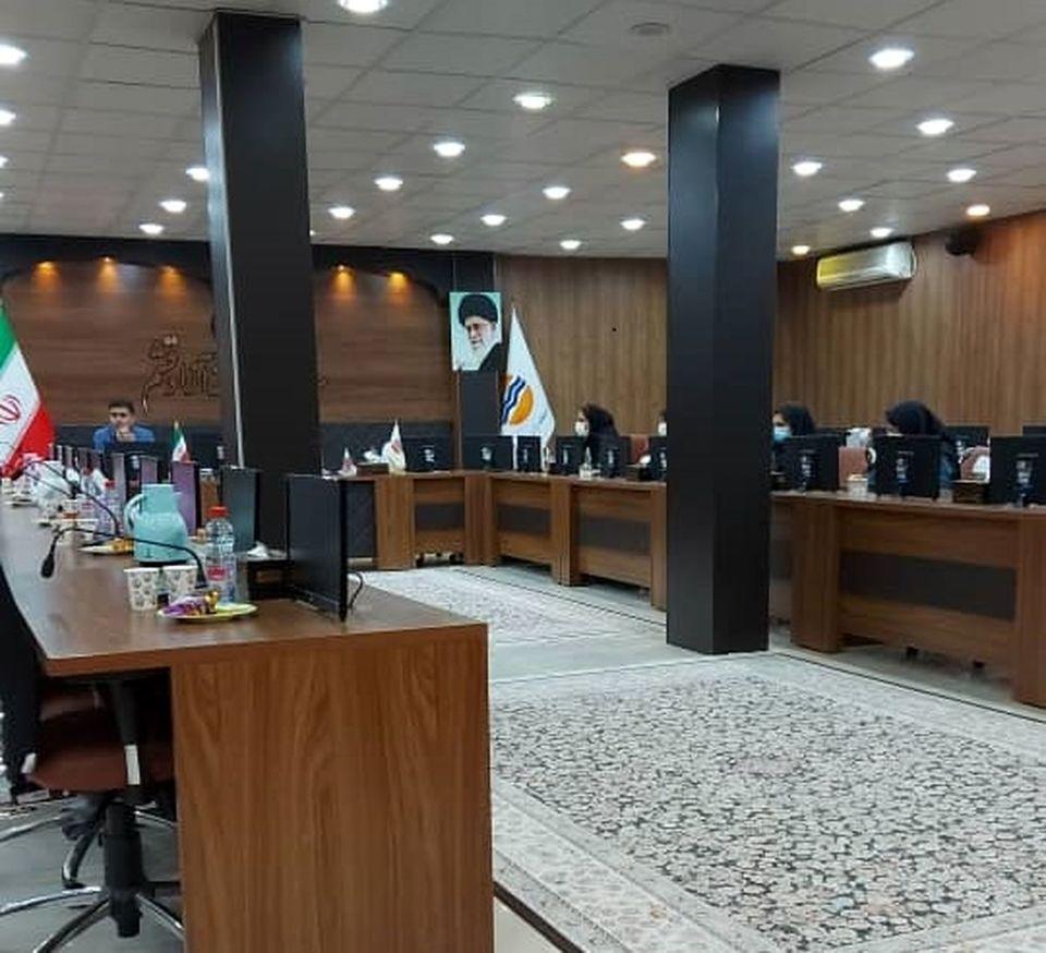 کارگاه آشنایی با مبانی حقوقی پیمان در قشم برگزار شد