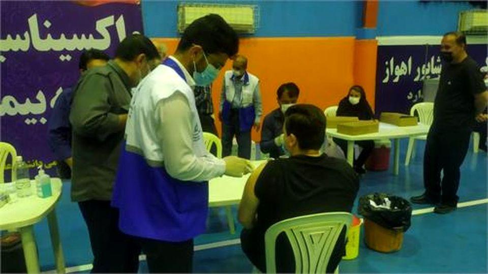 کادر درمان فولاد خوزستان واکسینه شدند